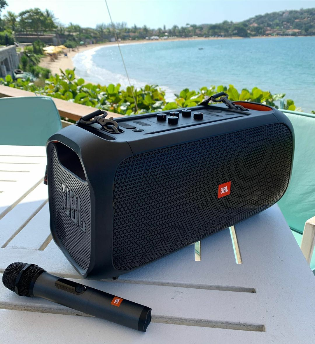 JBL Party On The Go